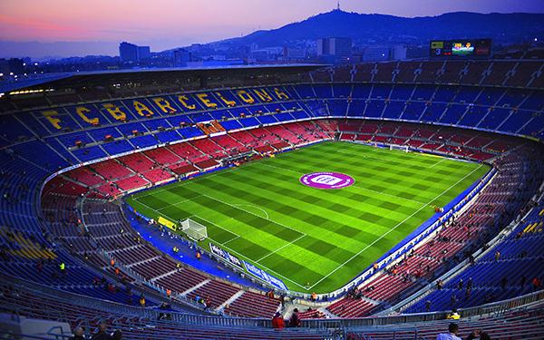 Camp Nou y Bernabéu, espacios ideales para ligar