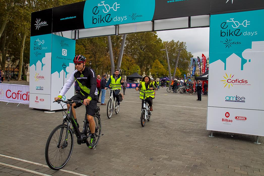 Los e-Bike Days by Cofidis triunfan en Bilbao