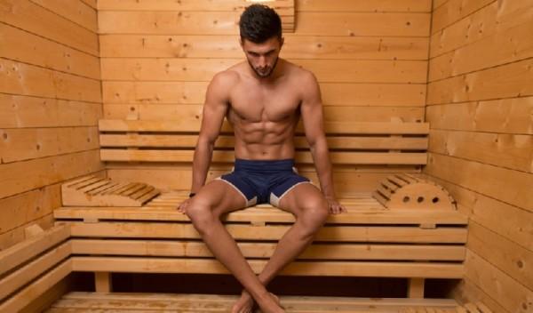 Tomar una sauna reduce la hipertensión