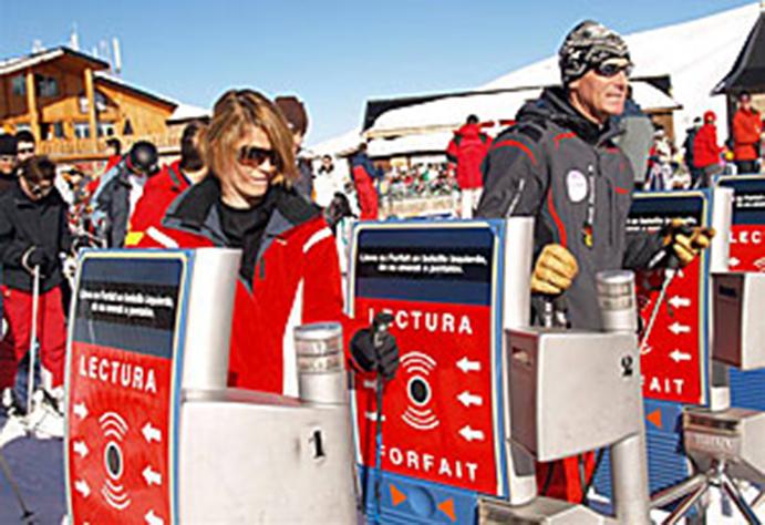 Piden una reducción del precio del forfait de Sierra Nevada