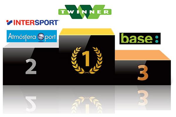 EMPATE EN LA SEGUNDA PLAZA: Intersport y Atmósfera Sport son, junto con Twinner, los únicos operadores que poseen actualmente más de 300 tiendas de deporte en España.