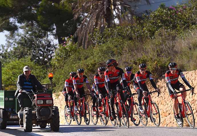 España, destino favorito de los ciclistas profesionales en invierno