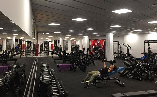Los mejores ejercicios en el gimnasio para futbolistas for Gimnasio barcelona