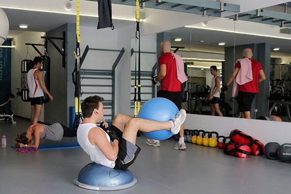 Los gimnasios Infinit Fitness diseñan un entrenamiento para quemar los excesos navideños