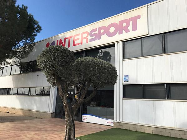 """Intersport niega haber dictado """"instrucciones de captar socios de otras centrales"""""""
