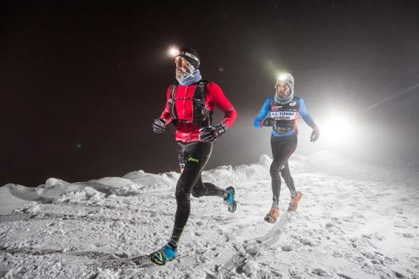 800 corredores disputan el II Campeonato de España de Snow Running