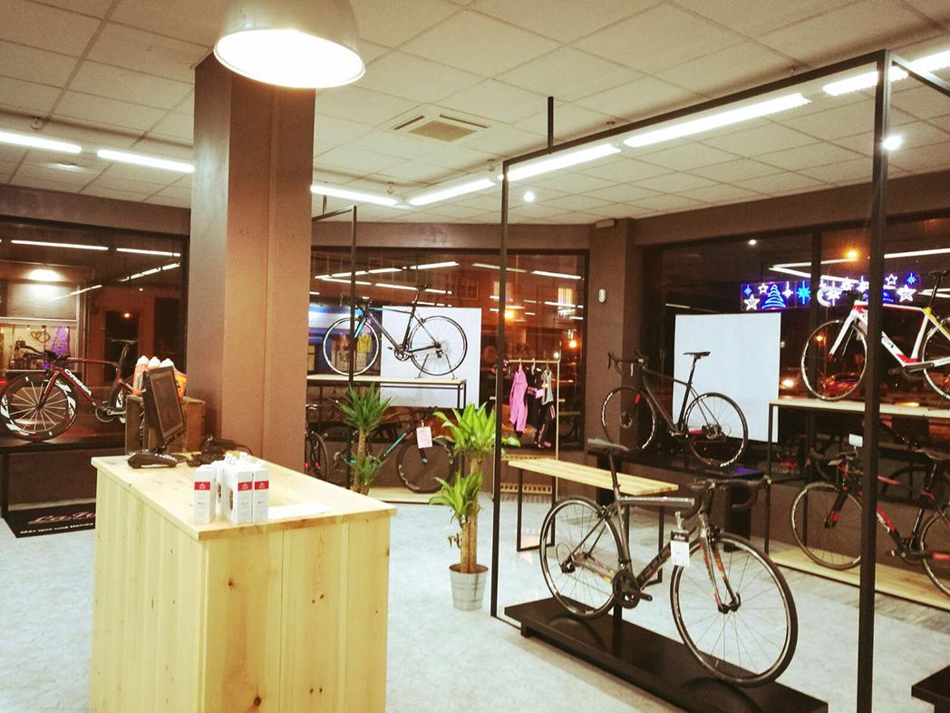 LaFuga Cycling consolida su expansión con una nueva apertura en Ferrol