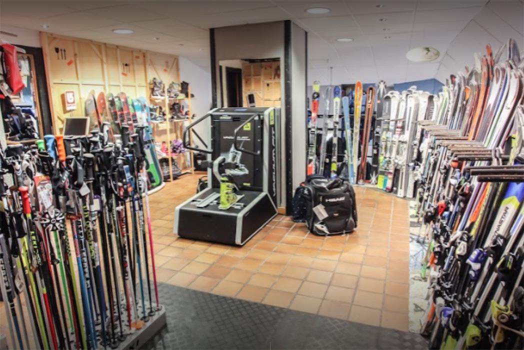 """Ski Service Gijón: """"Las tiendas deberíamos plantearnos cobrar por el asesoramiento como otros profesionales"""""""