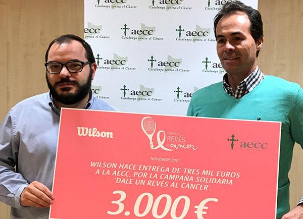Wilson recauda 3.000 euros con la campaña 'Dale un revés al cáncer'