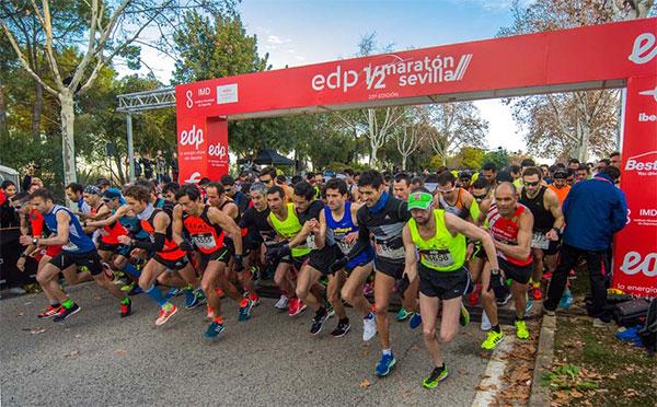 Asics, la marca más usada entre los corredores del Medio Maratón de Sevilla
