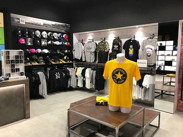 Atmósfera Sport abre su cuarta tienda Black en Torrevieja