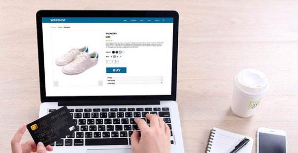 Las tiendas de running pagan peaje por su tardía apuesta por el mercado online