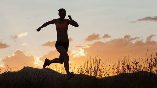 Hasta 13 tipos de cáncer se pueden prevenir con el deporte