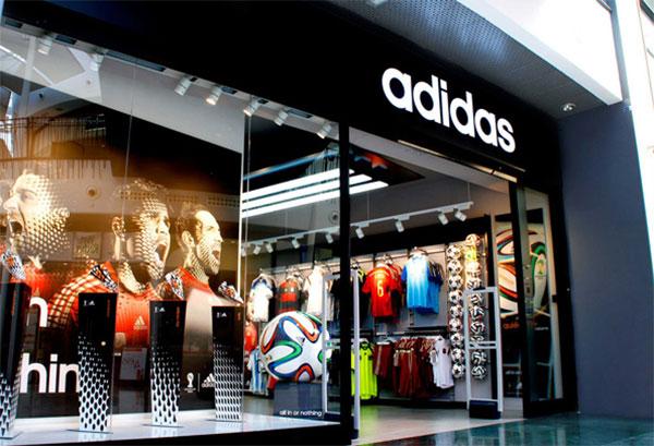 Adidas cerrará tiendas físicas para potenciar su comercio online