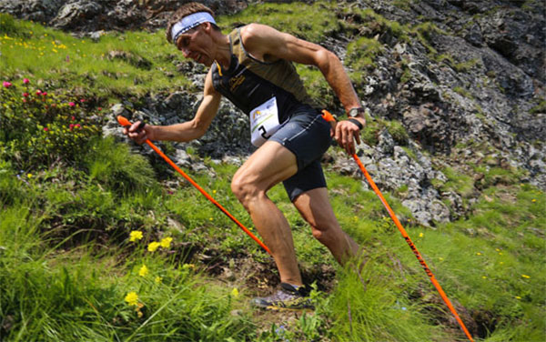 Bastones: tipos y técnica para practicar trail running