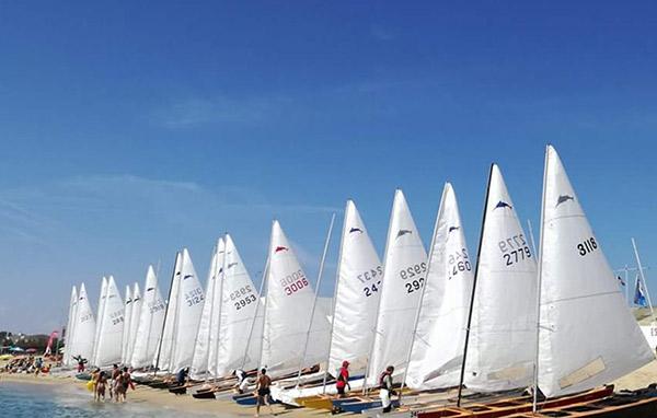 El Club Náutico Cabrera de Mar aspira a alcanzar los 70 participantes en el campeonato catalán
