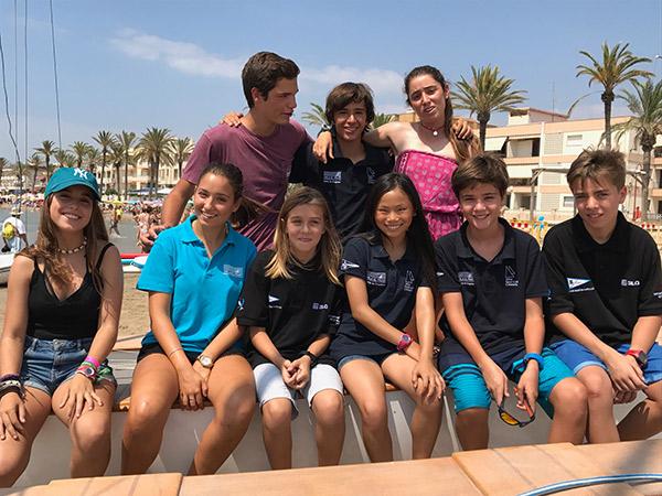 Jan Mateos líder del ránking de patín a vela junior de la Federación Catalana de Vela