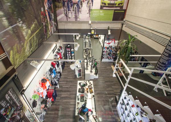 Golpe de Pedal pide a las marcas de accesorios y textil un control de los precios online