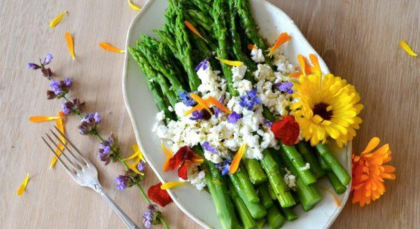Los beneficios de las flores comestibles