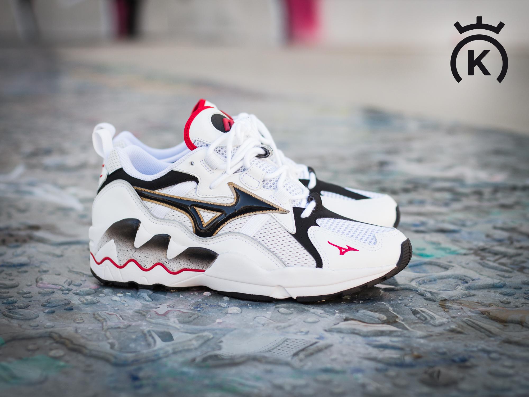 Mizuno se suma a la moda urbana con la sneaker Wave Rider