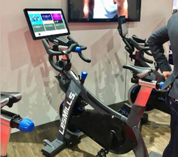 Stages Indoor Cycling potencia la gamificación individual con su nueva bicicleta