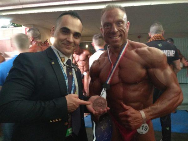 Alberto Machado se proclama Campeón Absoluto de Europa Máster de Fisioculturismo