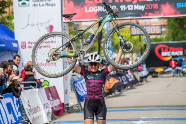 Clàudia Galicia vence en La Rioja Bike Race