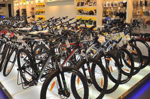 Se trunca el auge de tiendas ciclistas en España