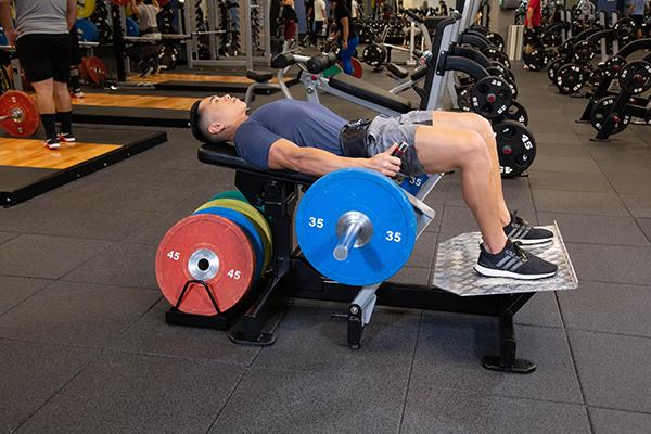 Core Health & Fitness introduce en España la nueva máquina de glúteos de Nautilus