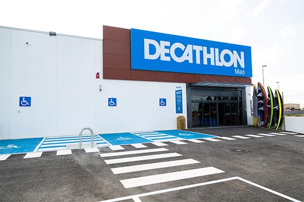 Decathlon abre su primera tienda en Menorca