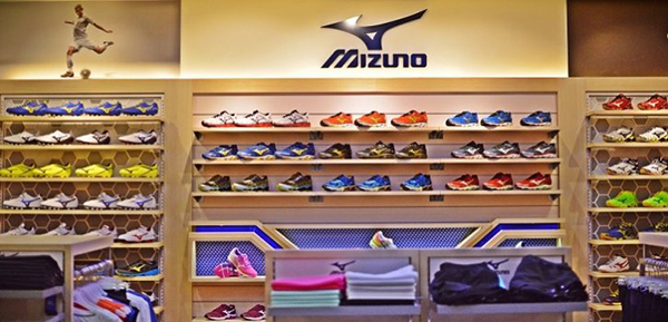 Mizuno reestructura su presencia en España y prescinde de su director comercial