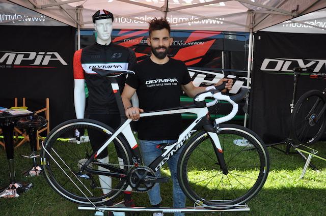 Olympia Cycles presentará un modelo hermano de la F1X a un precio más asequible