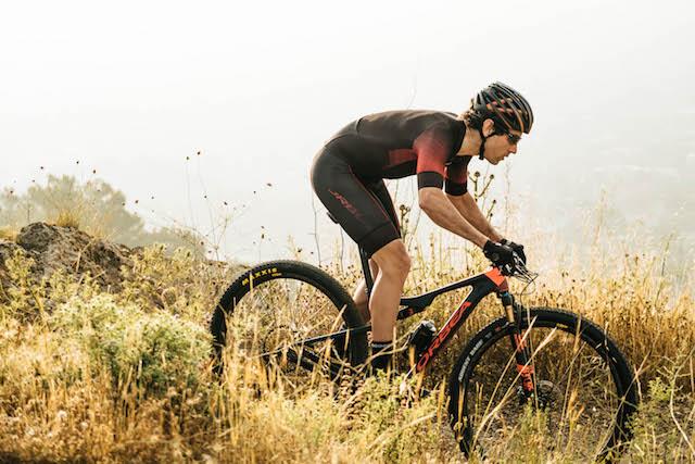 Orbea relanza la bicicleta Oiz XC de doble suspensión