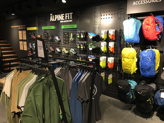 Dsnivell dobla su cobertura en Puigcerdà con una Salewa Store