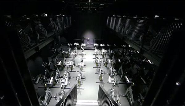 1Rebel marca tendencia en las clases de ciclo indoor con una sala de tres niveles