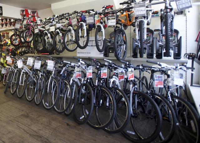 """Aseguran que """"muchas tiendas pequeñas se plantean dejar de vender bicicletas"""""""