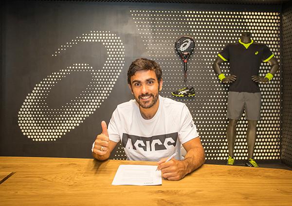 Asics renueva su contrato de patrocinio con el jugador de pádel Pablo Lima