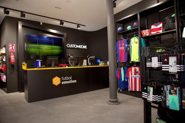 Fútbol Emotion aterrizará en San Sebastián y A Coruña con dos nuevas tiendas
