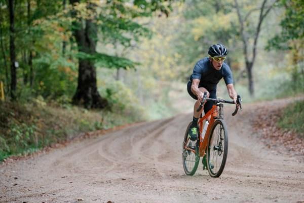 Sanferbike organiza una salida con bici de gravel o CX por Guadarrama
