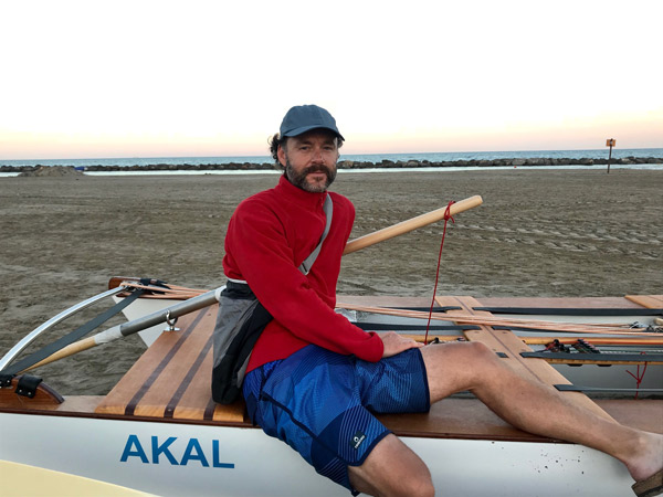 Ignasi Sagristá, 'récord Guiness' de distancia navegada en patín a vela en menos días