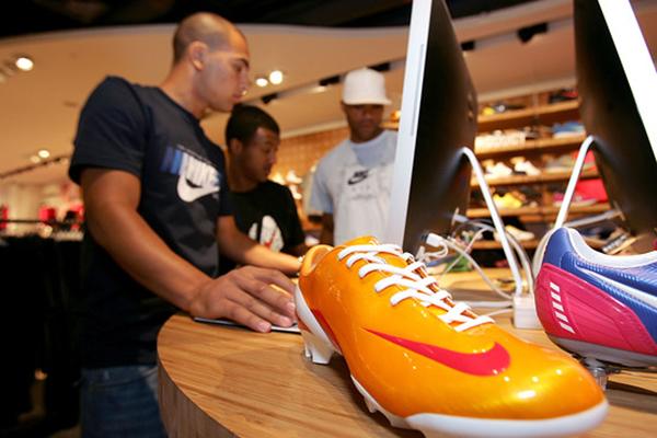 Nike se compromete a revisar la brecha salarial tras las acusaciones de discriminación por género