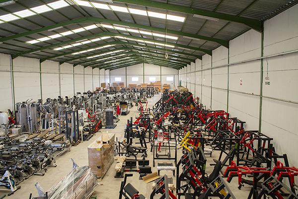Oss Fitness duplica la capacidad de su almacén en Jaén