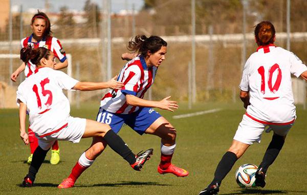 El fútbol femenino se profesionaliza con una segunda división de 32 equipos