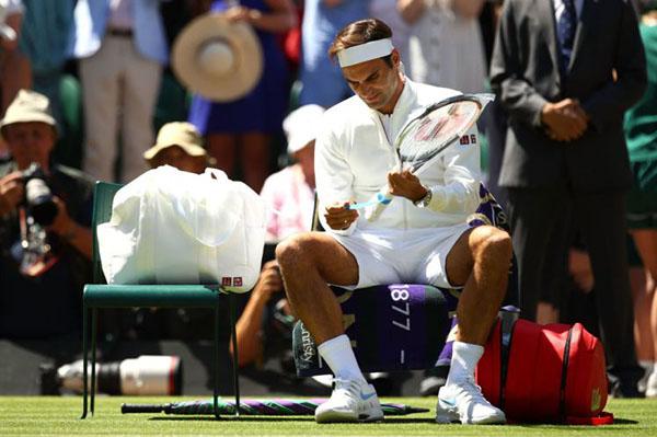 Federer rompe con Nike y ficha por Uniqlo por 300 millones de euros