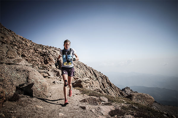 Laura Orgué sube escalones en la Golden Trail Series