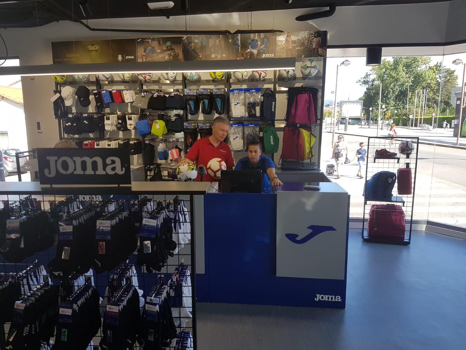 Deportes Lago abre una tienda en Gijón de la mano de Joma