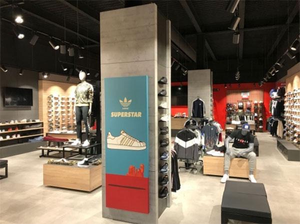 Foot on Mars alcanza las 30 sneakers stores tras abrir en Cádiz