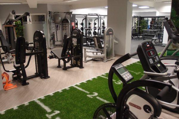 La Milla Sport suministra el suelo del centro boutique Adrián Terrón