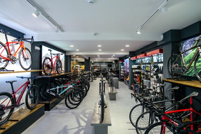 Trek Iberia vuelve a abrir concept stores