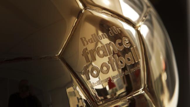Tiendas de fútbol prefieren un tercer nombre como ganador del Balón de Oro